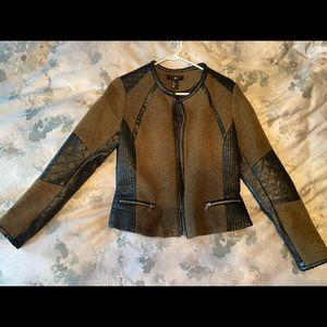Cute Fall Olive Green & Black Jacket